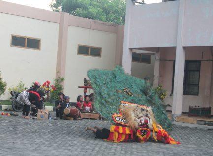 Sastra Jawa Menjawab Konsistensi Antara Reyog-Reog