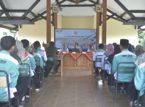 Mahasiswa Kampus Literasi Ngaji Sosial di Kecamatan Sooko
