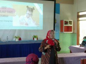 Seminar Parenting, Kiat Atasi Hambatan Belajar di Masa Pandemi