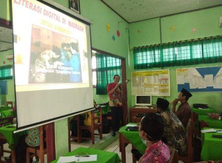 Sutejo Beri Pembekalan Literasi Digital pada Kepala Madrasah se-Kabupaten Ponorogo